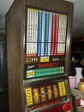 machine à sous marque TSCC , machine à rouleaux , machine de bar , déco loft