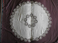 #1095  Beautiful Vintage Hand Made Linen Tablecloth  114cm(45'')