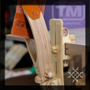 Lacing and Stitching Pony - TOOLMANIAC (360 degree) Leather Clamp