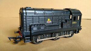 Tri-ang R152 Black Diesel Shunter  0-6-0 Boxed