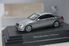 Herpa Mercedes S-Klasse (V222), silber - dealer PC - 0151 - 1:87