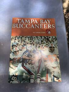1977 Tampa Bay Buccaneers NFL Media Guide Yearbook Press Book Program