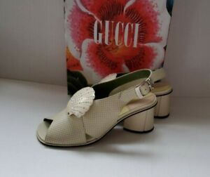 SALE! Gucci crystal Shell-embellished leather shoes IT 40.5