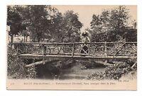 63 - cpa - ROYAT - Etablissement thermal, pont rustique dans le parc  (C6044)