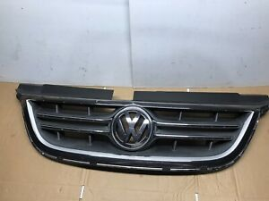 2009-2014 Volkswagen VW Routan Grill Grille With Emblem OEM 09-14
