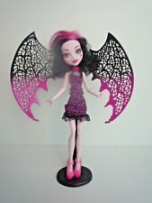 Monster High Draculaura Ghouls Rule Avec Ailes & Stand