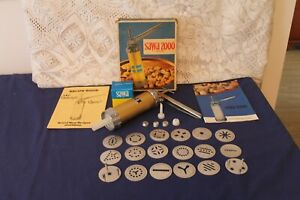 Sawa 2000 Deluxe Cookie press - Complete set including instructions & recipes