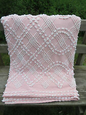 Vtg CABIN CRAFTS Pink White Chenille Bedspread 90X104 Cotton Fabric Needletuft