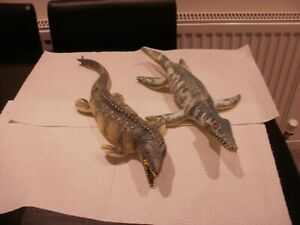 2 X LARGE SOFT TOY DINOSAURS AS SEEN