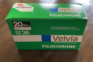 20 Roll Professional Pack Fujichrome Velvia RVP 135 36 exp. ISO 50. (Expired)
