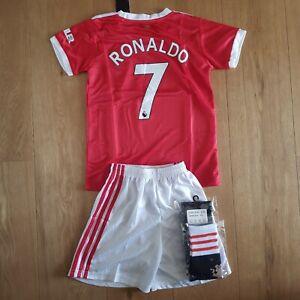 Ensemble enfants maillot short socks Manchester Ronaldo 8-9 ans
