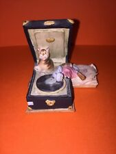 Alabaster Cat On Record Player Figurine Vintage Art Collectible Free Shipping