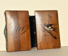 Ancien support pour carnet de bal en bois d'olivier décor d'oiseaux Nice