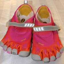 VIBRAM FIVE FINGERS WATER SHOES WOMANS SIZE 41 US SIZE 10