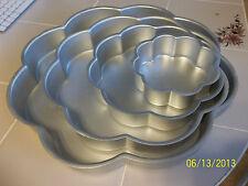 4pc Wilton PERFORMANCE  Wedding Tier Petal pan Flower Cake Set 502-2138