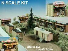 Luetke N Scale Seasonal German Christmas Market Glühwein Toilets Stalls Kit *NEW