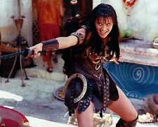 Xena Photo Club March 1999 Mar 99 8x10 photograph Xena fights Indian demon Maya