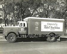 PABST BLUE RIBBON BEER TRUCK PHOTO VINTAGE 1950S GALOOB LONGVIEW TX CALIFORNIA