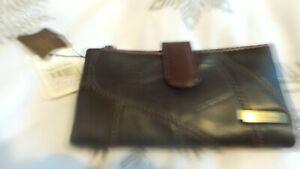 Ladies brown bnwt Lorenz purse
