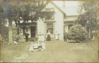 Syracuse, NY 1908 Realphoto Postcard: House & Family, 'Hess Farm'