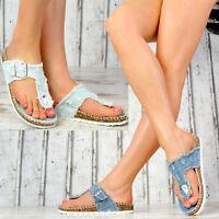 NEU Damen Sandalen Zehentrenner Jeans-Look Korkoptik Hauschuhe Freizeitschuhe