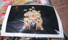 Design Works BEE HAPPY Wall Hanging Plastic Canvas Kit