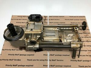 BMW N62 B48 V8 4.8L engine OIL PUMP W/ FILTER HOUSING ADAPTER BRACKET OEM