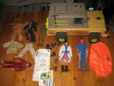 lot BIG JIM 1977 jeep safari +3 figurines + tenues et accessoires