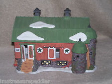 Dept 56 New England Village Pennsylvania Dutch Barn