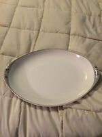 VINTAGE ROYAL DOULTON FROST PINE OVAL FINE CHINA LARGE SERVING PLATTER DISH