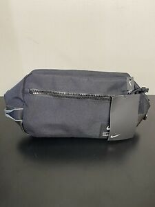 2020 Nike Utility Modular Tote Dopp Kit Toiletry Bag Small Items Travel Bag Gym