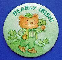 Hallmark BUTTON PIN St Patrick Vintage BEARLY IRISH Bear SHAMROCK Holiday