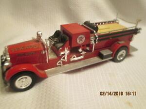 1929 MACK PUMPER TRUCK CITY TEXACO PORT ARTHUR TEXAS FIRE DEPT ERTL DIECAST BANK