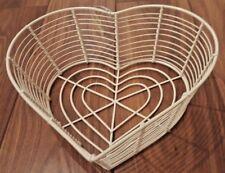 BN CREAM LOVEHEART HEART SHAPED WIRE FRUIT BOWL EGG STORAGE BASKET KITCHEN METAL