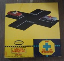 Aurora Model Motoring HO Scale  1962  Two lane 90 Intersection with original box