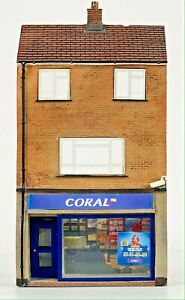 BACHMANN 00 GAUGE SCENECRAFT - LOW RELIEF 'CORAL' SHOP - BOXED (CODE 3) WOW!