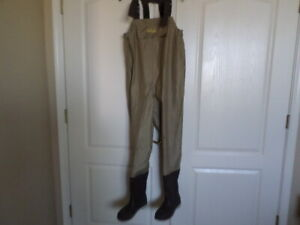 Cabela's Fishing Wader Overalls Size 6 Waterproof Felt Sole Boots