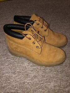 Timberland Nellie Chukka Boots Womens Size 4