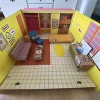Vintage 1962 TM Barbie's Dream House Mattel Furniture Accessories Very Good