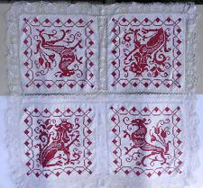 Antike Decke mit royalen roten Löwen, Krone,110 Jahre, 90 x 90 , Leo, Wappentier