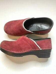 Dansko red suede size 36 comfort shoes