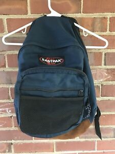 Vtg EASTPAK Navy Blue Canvas Leather Bottom Hiking Trail Backpack Bag USA