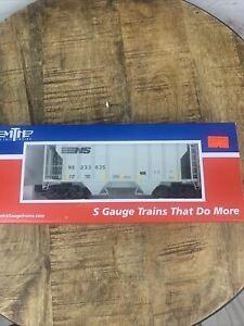 MTH Electric Trains - S Gauge - Norfolk Southern PS-2 Covered Hopper (233635)