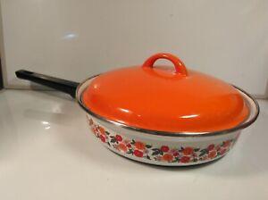 Vintage Enamel Shallow Pan Floral Motif 70s Retro Kitchenware WEAR MINOR CHIPS