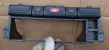 Opel Vectra B Armaturenbrett Radioschacht Schalter Warnblinkschalter 90503546