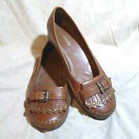 🥿 St Johns Bay Ballet Flats sz 8 M Cognac Brown Leather; Kiltie Buckle Straps