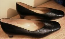 Elmdale Ladies Leather Slip On Court Shoes With Pattern. UK 5.5 Ex Condition