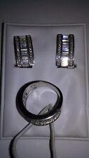 Juego de pendientes y anillo en plata de ley 925 mm., rodiado