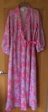 VINTAGE LADIES HOUSE COAT/DRESSING GOWN TYPICAL 70'S BRIGHT FLORAL PATTERN 12-14