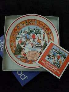 Vintage Wedgewood Plate 1981 A Child's Christmas With Box